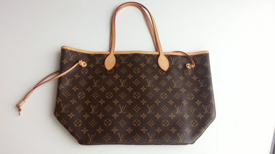 Louis Vuitton Handbags- Bond With The Best